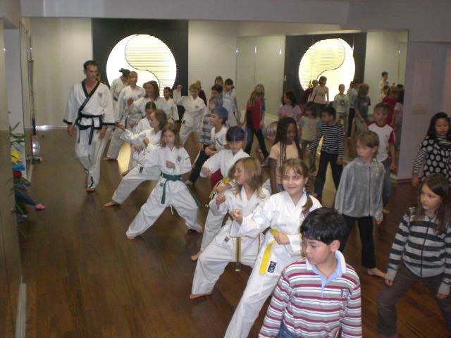 Bild zu Movienight in der Schule Pratertstern