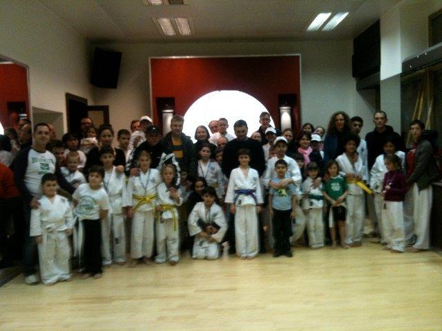 Bild zu Taekwondo-Olympiade in der Zweigstelle 1050