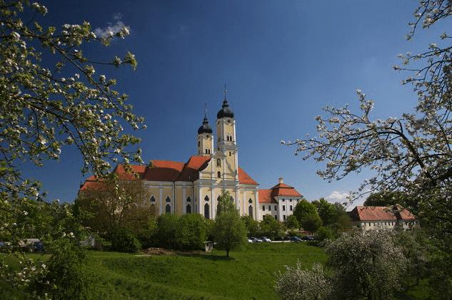 Bild zu Hyong-Intensivseminar im Kloster Roggenburg