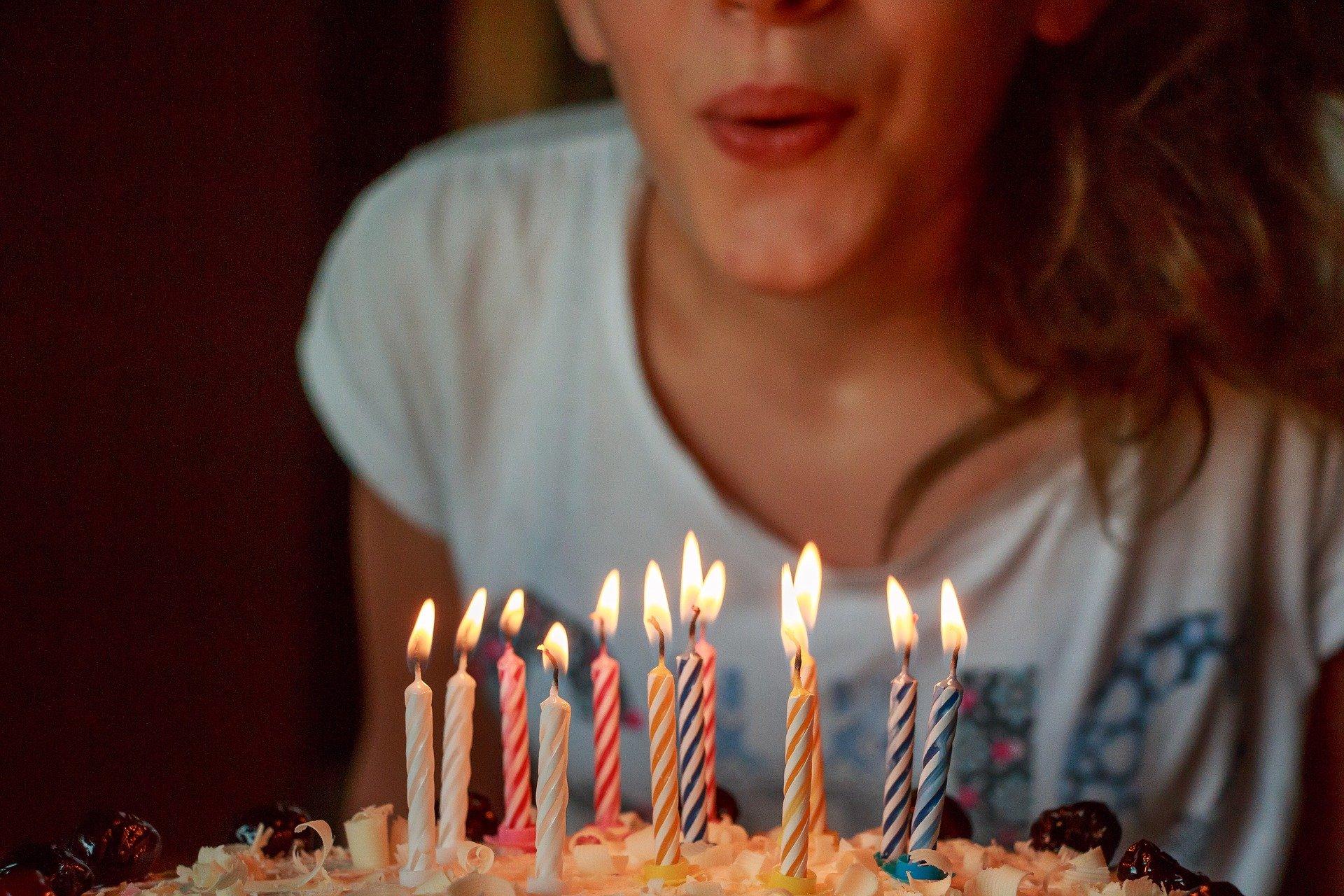YOUNG-UNG Taekwondo Geburtstag Kinder feiern